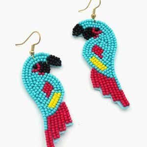 🦜🦜BEADED PARROT DANGLE EARRINGS